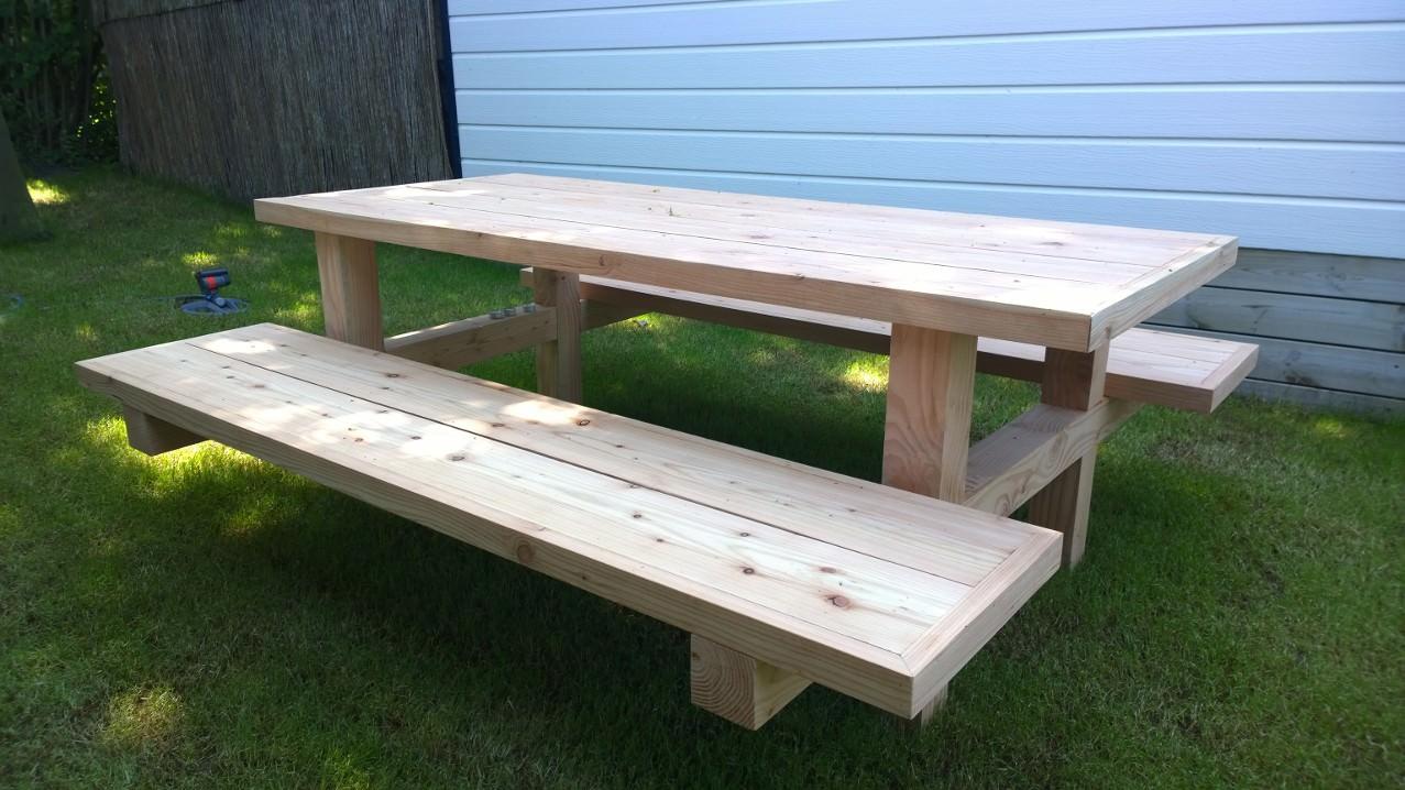 Handgemaakte meubels - Picknick tafel van Douglas hout