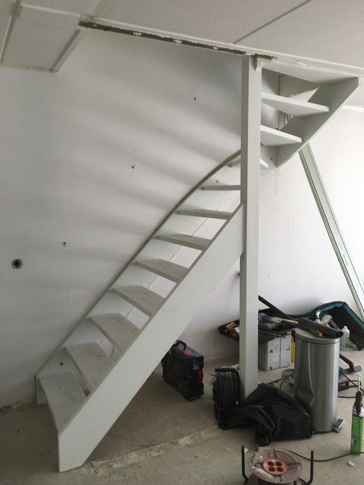 Plaatsen nieuwe trap woonhuis